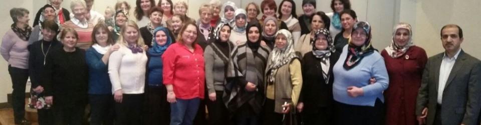 Große Frauengruppe